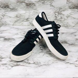 Adidas Originals Canvas Sneaker Black/White Size 9